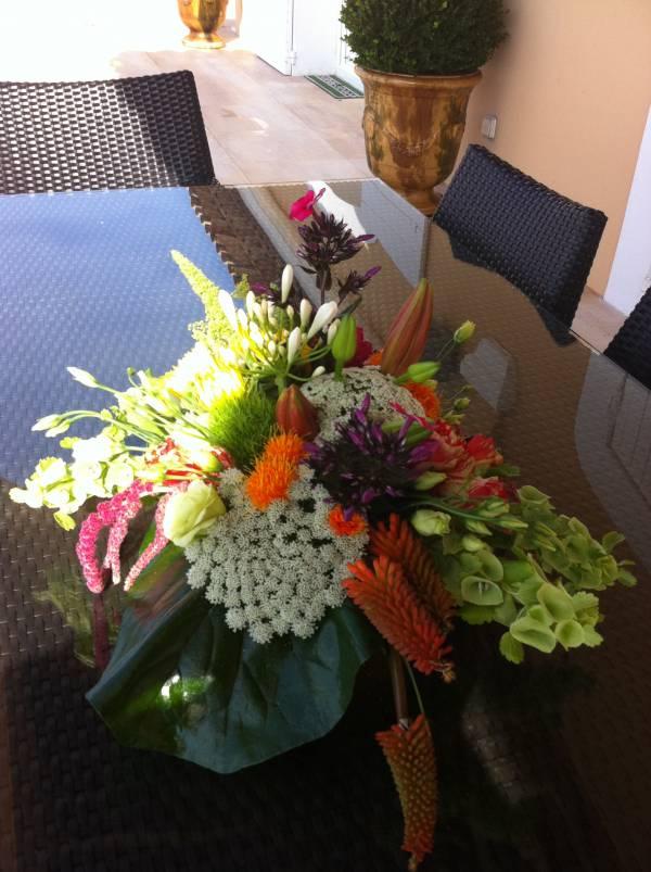 Decoration florale buffet traiteur centre de table avignon - Decoration florale centre de table ...