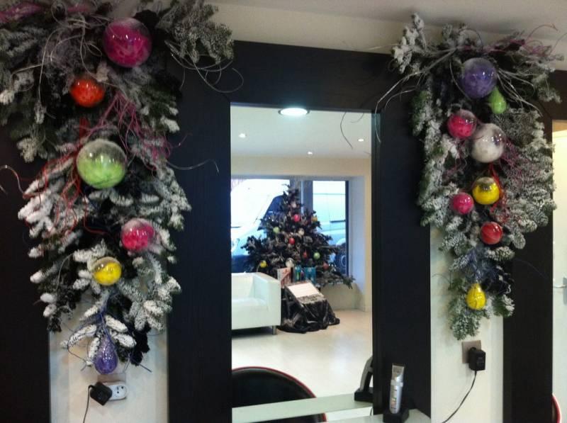 Noël décoration de commerce salon de coiffure sur Vitrolles