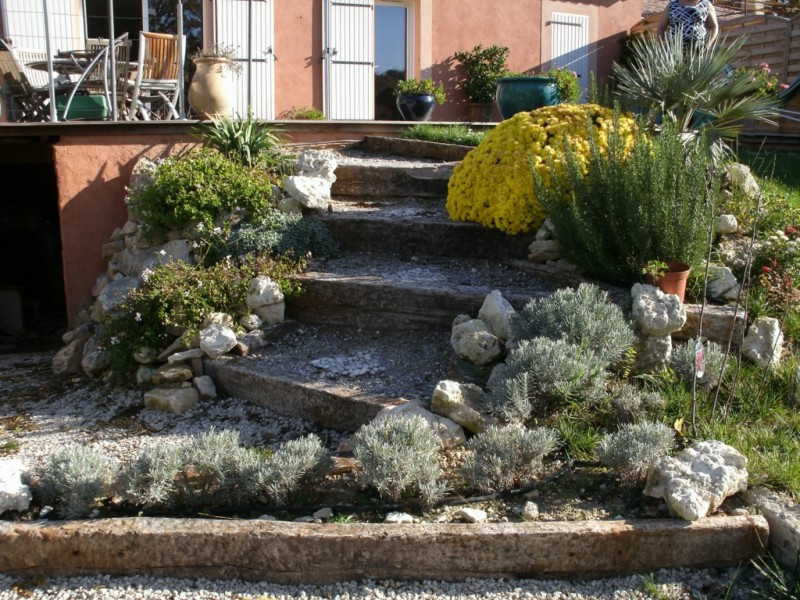 cr ation de jardin espace vert paysagiste avignon salon de provence aix en provence paca. Black Bedroom Furniture Sets. Home Design Ideas