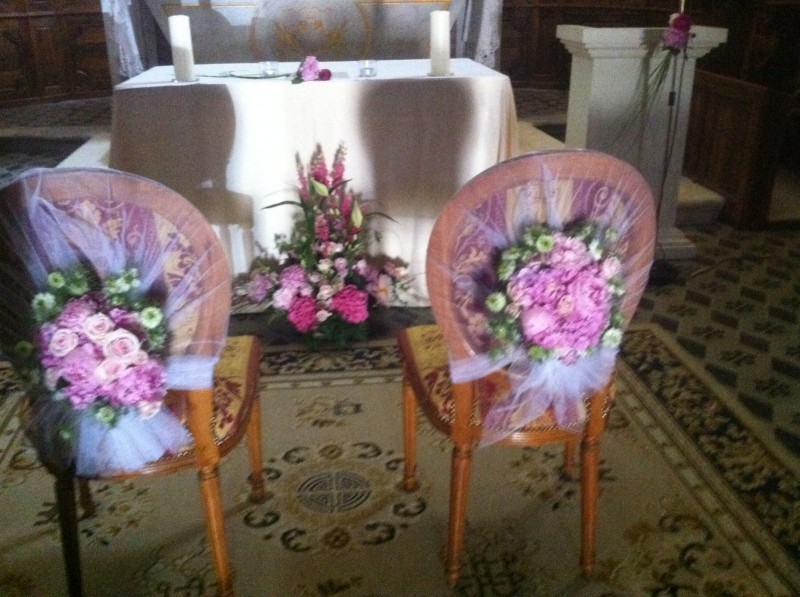 décoration florale pour mariage à l'église
