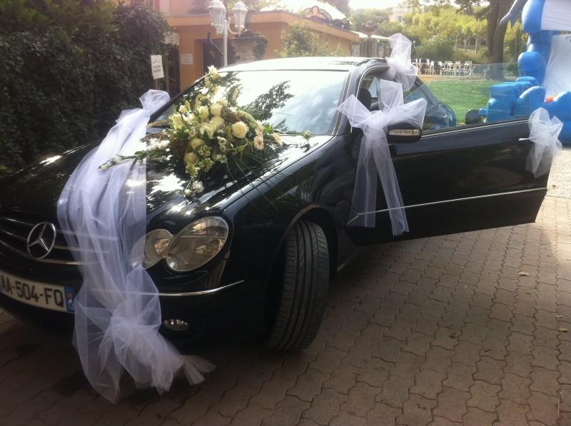 d coration florale de voiture et tulle blanc de mariage marseille d coration florale avignon. Black Bedroom Furniture Sets. Home Design Ideas