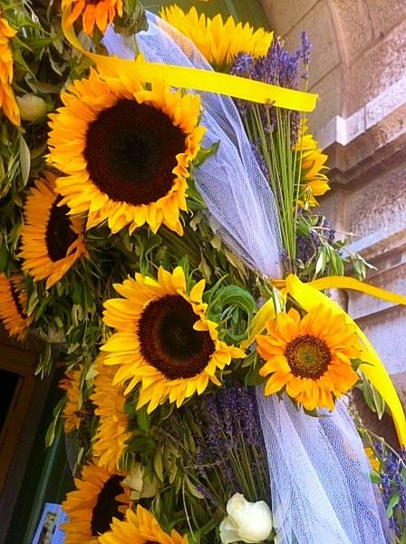 Arche nuptiale de fleurs pour la d coration d 39 glise pour votre mariage - Decoration de fleurs ...