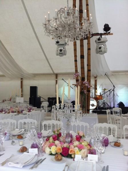 Centre de table de mariage et d coration en couronne de roses pour lied de chandelier bougie puy - Decoration chandelier pour mariage ...