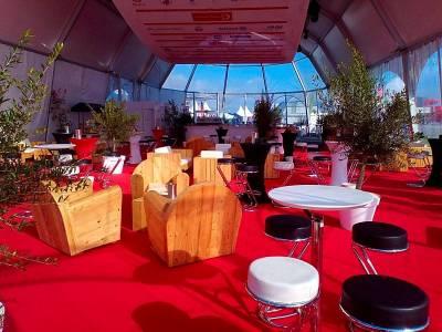 location de plante et pot décoratif pour tente et chapiteau dans le Var