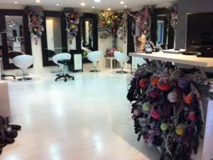 Noël, décoration de commerce, salon de coiffure, sur Vitrolles