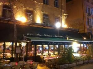 Décor de façade de noêl sur Aix en Provence Marseille