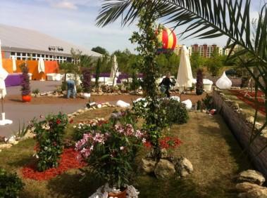 création de scène en location de plantes et fleurs pour évènements gala conventions Paris