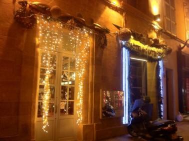 décor noel montage pour façade Aix en Provence